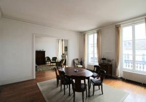 Bordeaux, 3 Chambres Chambres, ,Appartement,A Vendre,1034